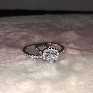 Modern gents engagement ring set with band